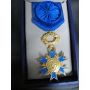 Ordonnance vermeil - Ordre National du Merite - Officier